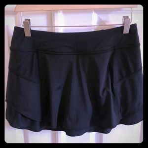 Athleta BLK Stealth Skort-SZ SM